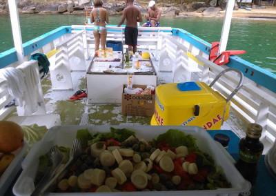 barco, lancha, escuna ilhabela, ilha bela, sao sebastiao, passeio de lancha em ilhabela pescaria , pesca em altomar